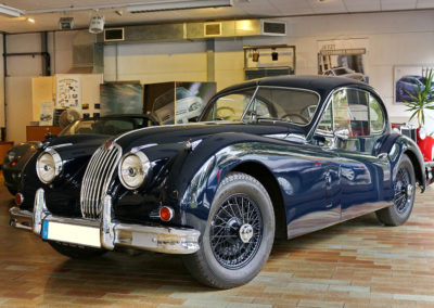 XK140-Coupe_01