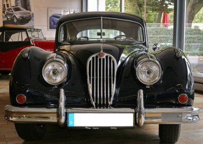 XK140-Coupe_05